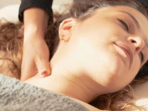Soins du visage - Massage de visage appuyé - les Soins Zen